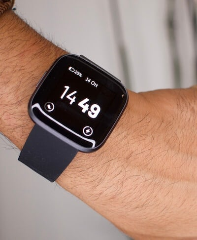 versa 2 di fitbit offre la funzionalità always on display