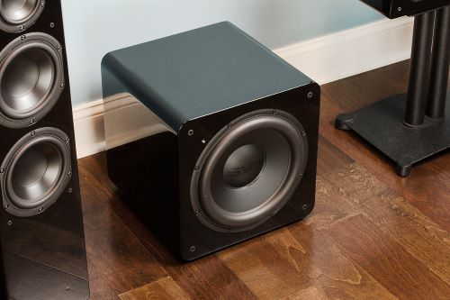 subwoofer home theatre