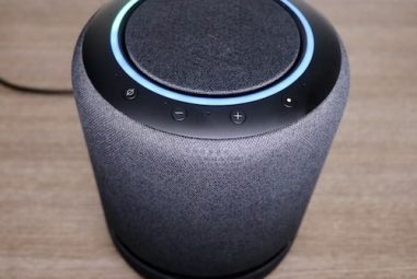 Comandi Alexa: tutte le domande da fare all'assistente di Amazon